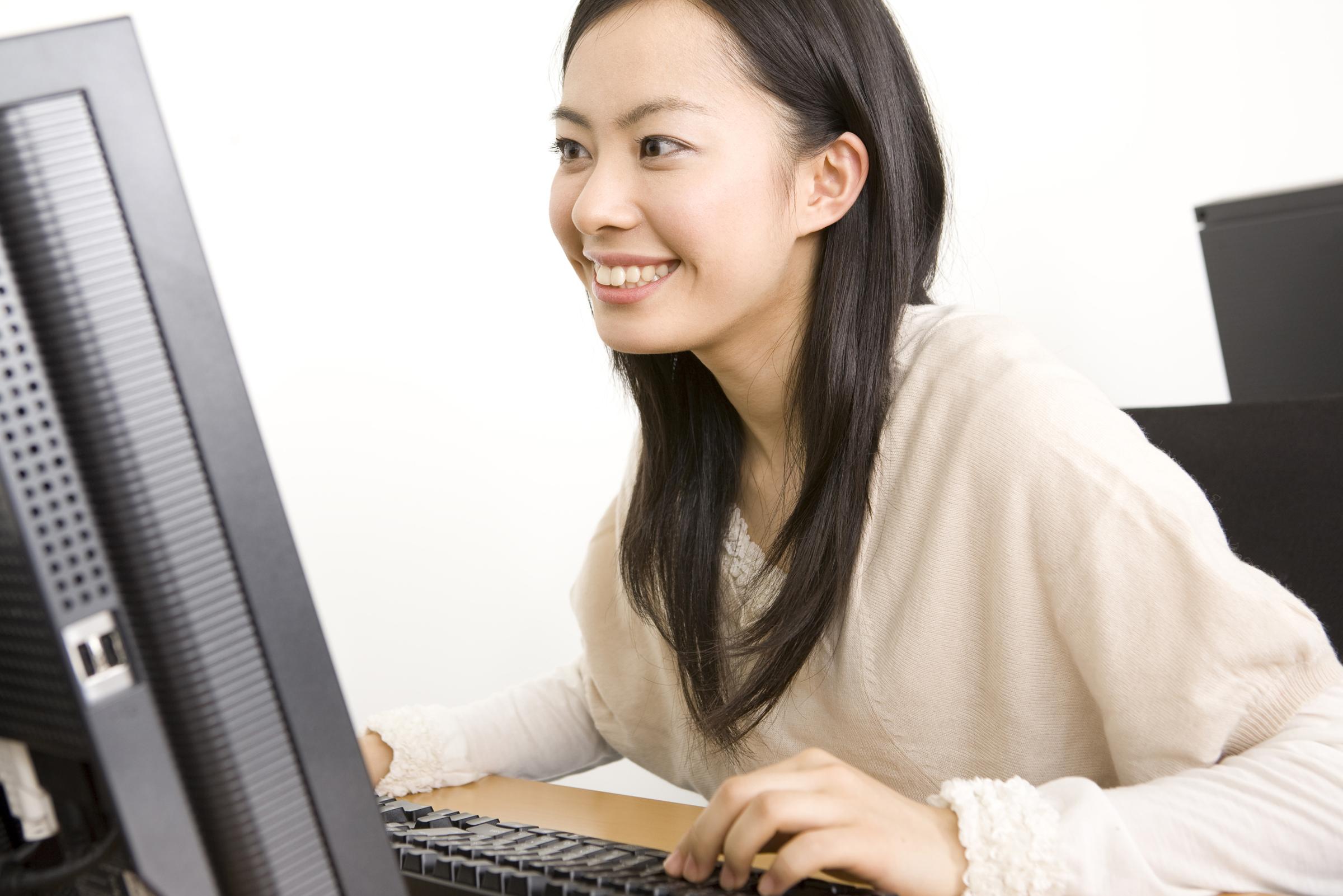 """リアルタイムでお客様をサポート!成約率上昇が期待できる""""Webチャット""""とは?"""